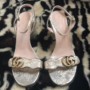 Gucci Shoes - GUCCI Marmont Sandal Sz38.5 Gold Metallic GG